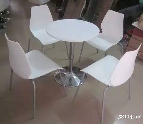 提供北京会展家具租赁-北京洽谈桌椅租赁-铁马租赁